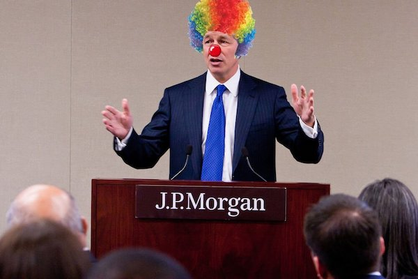 D'abord il a *** sur le bitcoin, ensuite il a *** sur le bitcoin, maintenant il crée sa propre crypto le JPM coin. Welcome to the real world Jamie Dimon